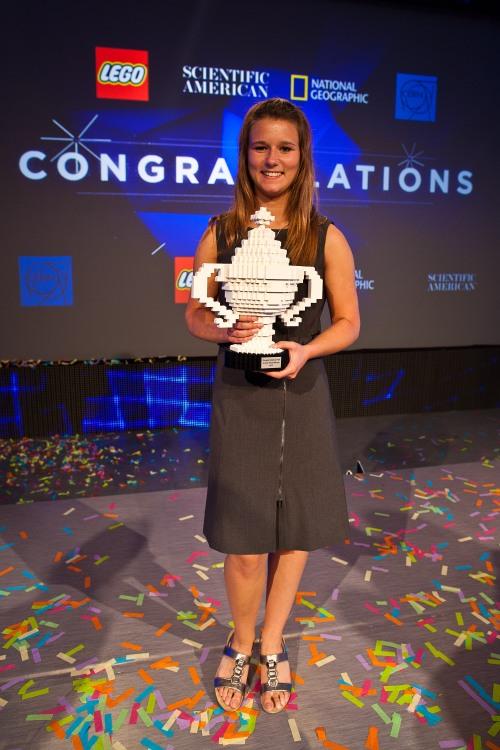 Brittany Wenger, vincitrice del primo premio, 17 anni (foto di Scientific American)